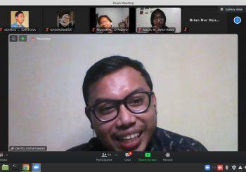 Meriahnya Online Discussion KOPMA FBE UII Bersama Para Alumni